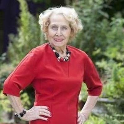 Бабуся уклала свій перший модельний контракт у 95 років (ФОТО)