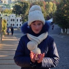 «Ангели покинули нас, тому почалася війна. Вони повернуться - і настане мир» – на Луганщині створюють Музей ангелів