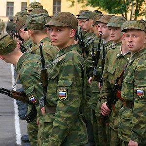 Військомати Криму заявляють про шалений наплив бажаючих служити в армії РФ