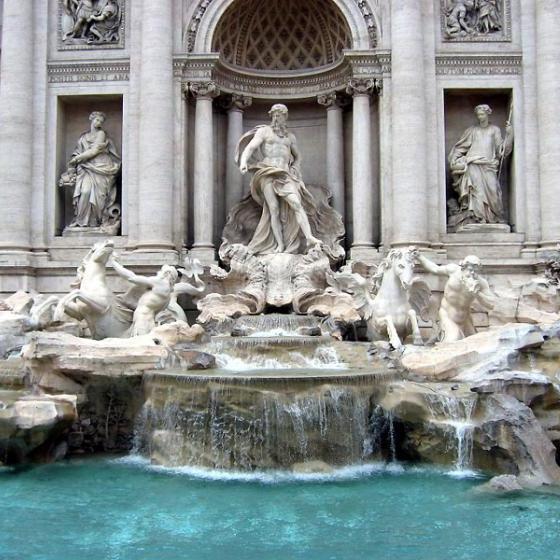 Монети, зібрані у фонтанах Риму, міська влада використовуватиме для реконструкції історичних пам'яток