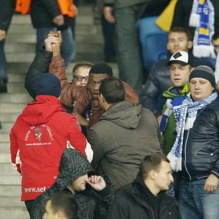 """Столичні правоохоронці дізналися про бійку між футбольними фанатами на НСК """"Олімпійський"""" із Інтернет-мереж"""