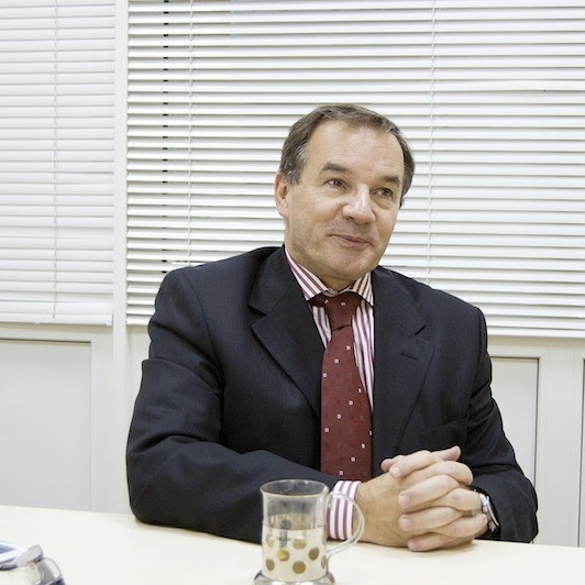 Онук видатного українського мецената, уродженець Франції Мішель Терещенко набрав понад 60 % на виборах у Глухові