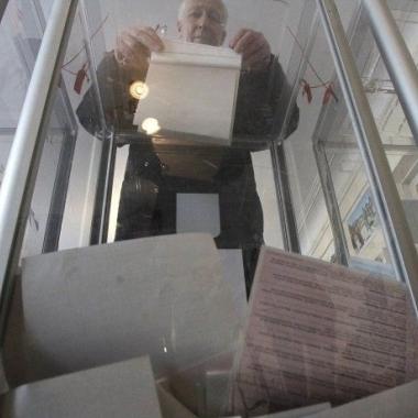 Спостерігачі з'ясували, що в Одесі було більше бюлетенів, ніж виборців