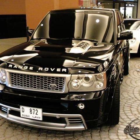 На оренду машин для російських чиновників Міноборони в ОАЕ виділили 65,5 млн рублів