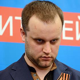 """Губарєв поскаржився на активіста Майдану, що пішов на роботу у """"ДНР"""""""