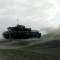У міноборони продемонстрували міць танкових військ України (ВІДЕО)