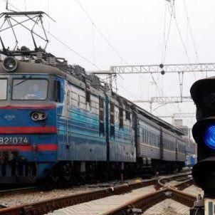 Через вибухи у Сватовому маршрут потягів змінився