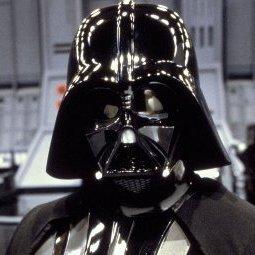 """У США кінотеатри заборонили приходити на прем'єру """"Зоряних війн"""" у масках Дарта Вейдера"""