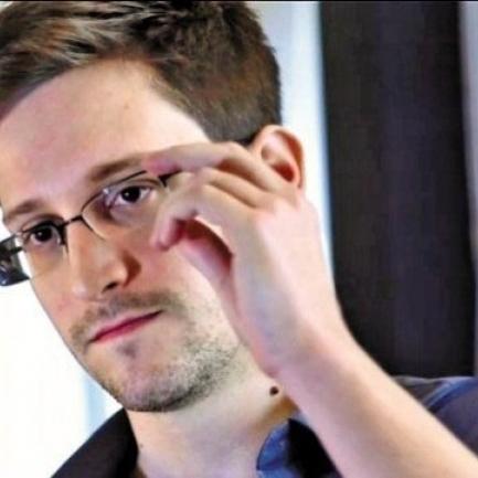 Сноуден розповів, який месенджер не прослуховують