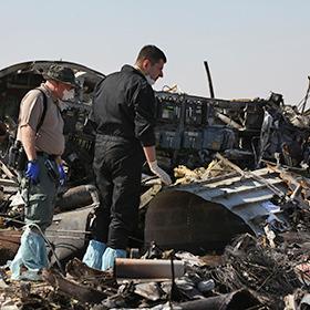 Супутники зафіксували спалах у повітрі перед катастрофою російського літака