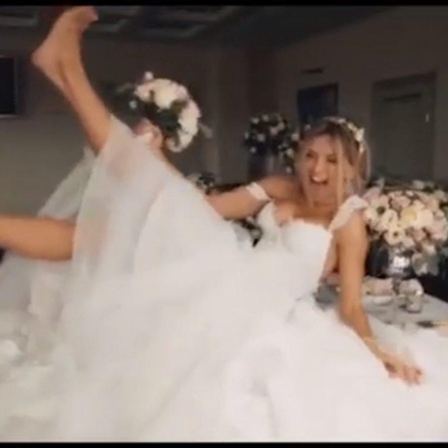 З'явилось відео, де Віра Брежнєва у весільній сукні танцює на столі (ВІДЕО)