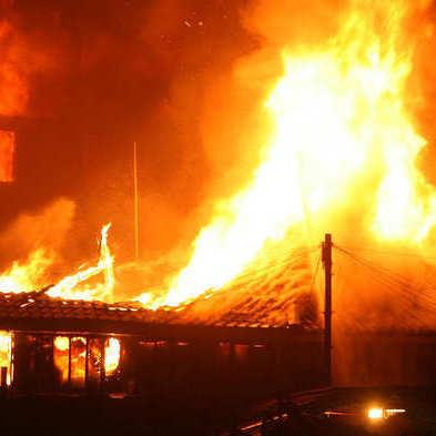 Феєрверки спричинили масштабну пожежу в Лондоні
