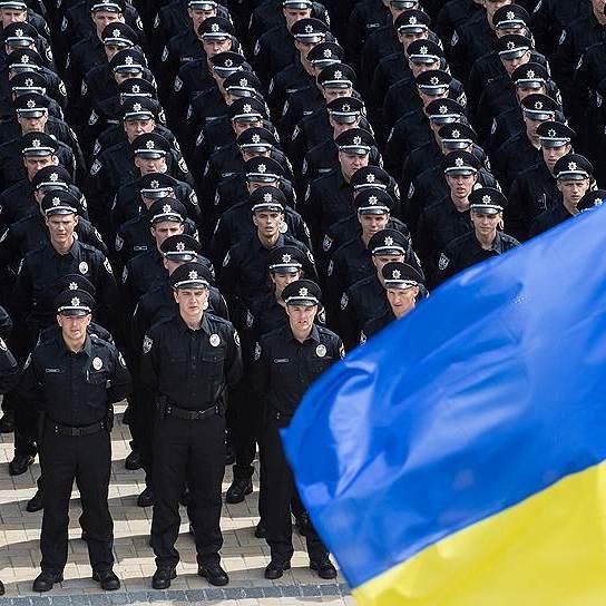 В Україні офіційно запрацювала Національна поліція(відео)