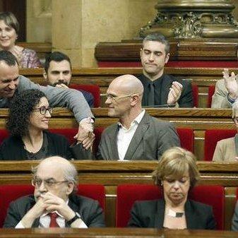 Парламент Каталонії проголосив незалежність від Іспанії