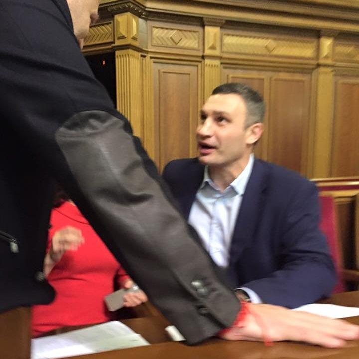 Відбулися незаплановані дебати між Кличко та Березою