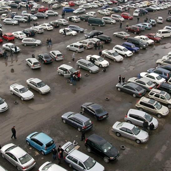 У Криму майже кожне п'яте авто їздить з україською реєстрацією