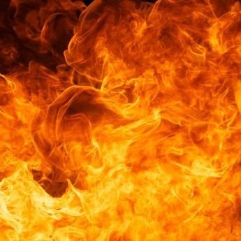 У Монголії глава профспілки влаштував самоспалення перед телекамерами (відео 18+)