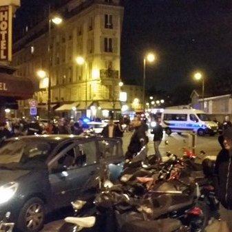 Росіяни зловтішаються над французькою трагедією
