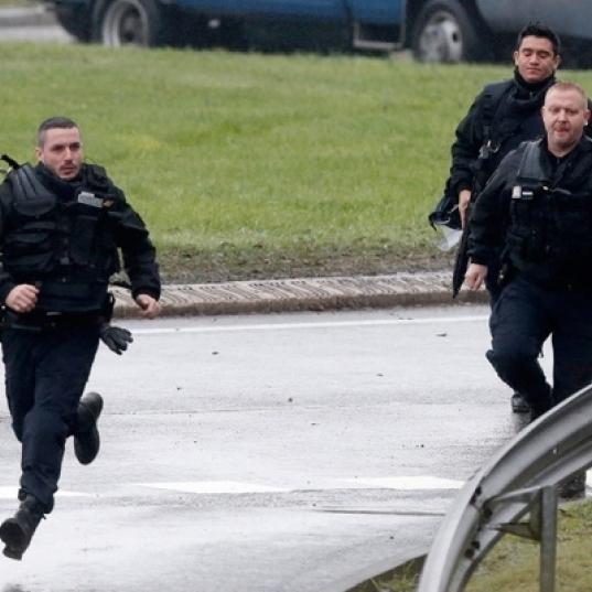 На німецько-французькому кордоні арабів зсаджують з потягів