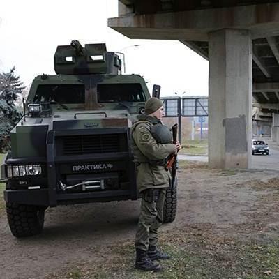 Через терористичну загрозу Київ охороняють Нацгвардійці на БТРах