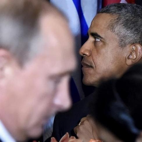 Відеоператори вловили момент, коли Обама і Путін зустрілися в кулуарах саміту (відео)