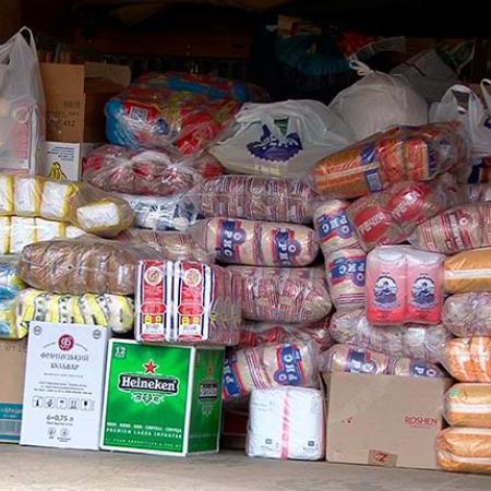 У Києві роздавали гуманітарну допомогу від Росії - реакція киян.