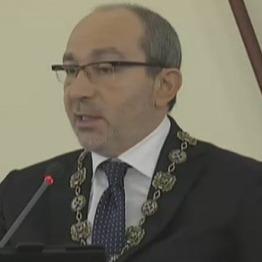 Кернес заявив, що харківські депутати мають право говорити російською мовою