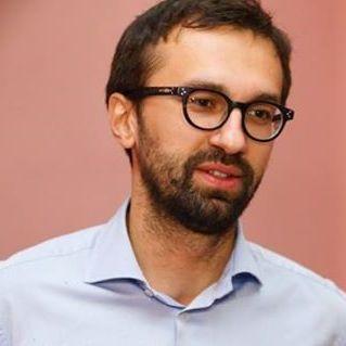 Депутат Сергій Лещенко заявив, що його мобільний телефон прослуховують за наказом Авакова