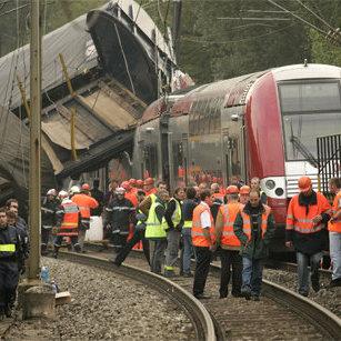 У Франції назвали причини аварії високошвидкісного поїзда