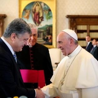 Порошенко зустрівся з Папою Римським