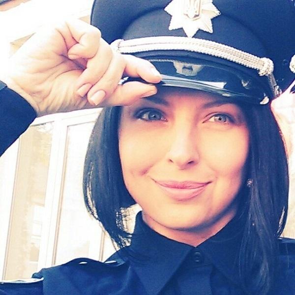 Співробітниця Національної поліції розділяє сепаратистські погляди