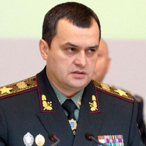 Екс-глава МВС Захарченко розповів, хто організував розгін студентів на Майдані