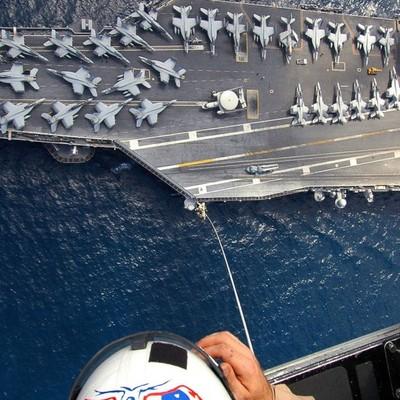"""Американські моряки зняли пародію на трейлер """"Зоряних війн"""" (ВІДЕО)"""