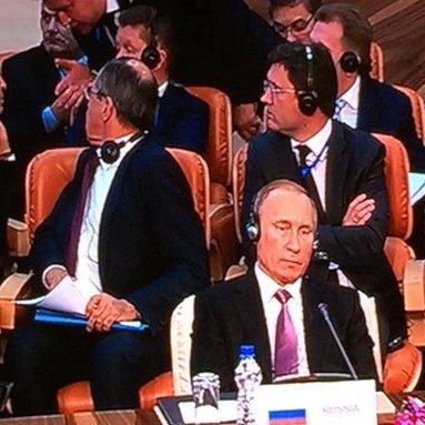 На газовому форумі в Ірані Путіна залишили без перекладу