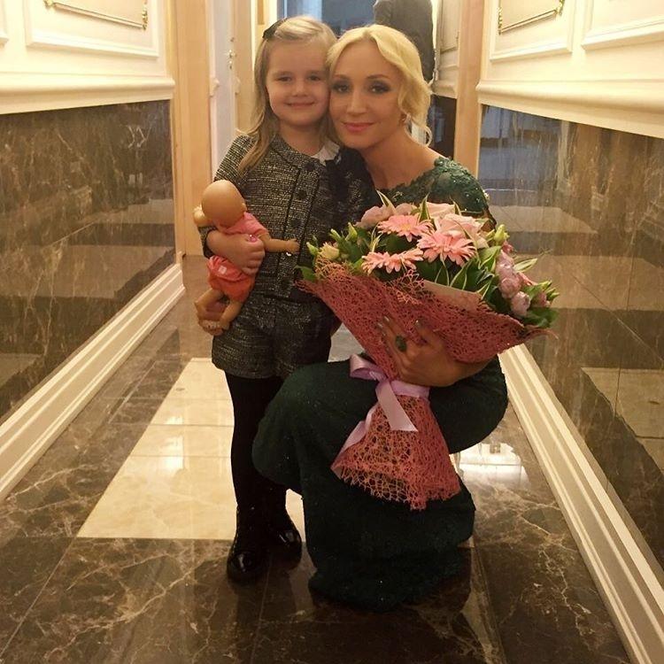 3-річна внучка Пугачової викликала в Кремлі фурор