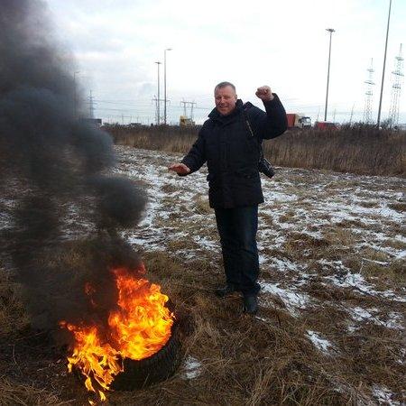 Російський АвтоМайдан: далекобійники почали палити шини у декількох містах РФ (ФОТО)