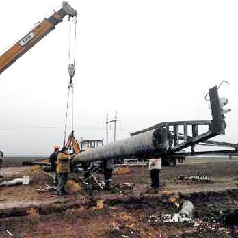 """В """"Укренерго"""" говорять, що завтра завершать ремонт ліній електропередач до Криму"""