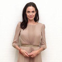 Джолі поділилася з журналістами особистими подробицями