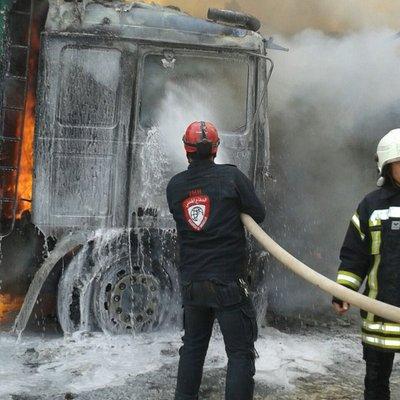 Російська авіація розбомбила турецький гуманітарний конвой у Сирії (ВІДЕО)