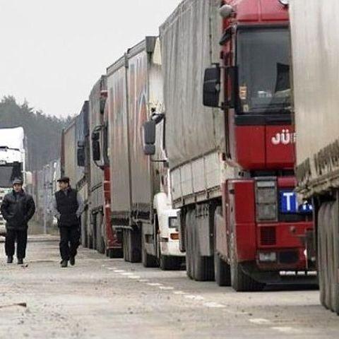 На кордоні РФ та України затор з турецьких вантажівок