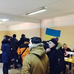Фірсов повідомляє про активність городян на виборах у Маріуполі