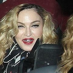 Мадонна налякала прихильників жахливими зубами