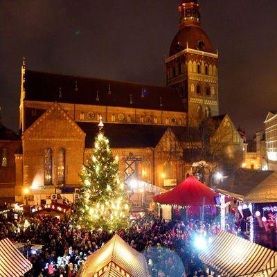 Мер Риги запросив росіян на новорічні свята до Латвії