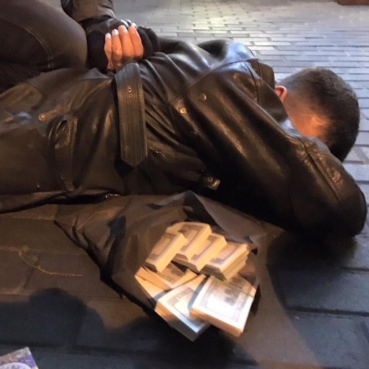 Родича Ківалова піймали на хабарі у 150 тисяч доларів