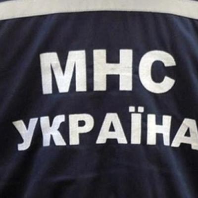 У Києві стався зсув ґрунту біля житлового будинку, мешканців відселяють