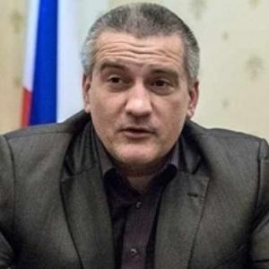 Аксьонов визнав, що проблеми з енергетикою в Криму триватимуть до 2018 року