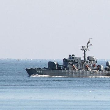 Південна Корея відкрила вогонь по судну, що зайшло в її води