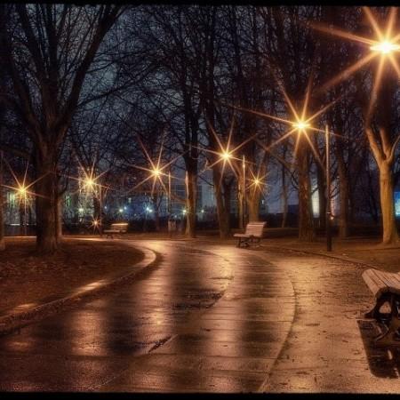 У Сімферополі вперше за 2 тижні ввімкнули вуличні ліхтарі