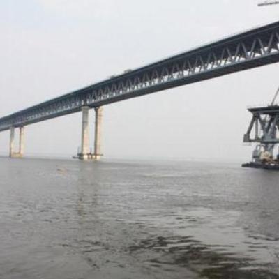 У Криму почали розкрадати недобудований Керченський міст