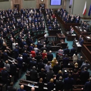 Сейм Польщі вшанував пам'ять жертв Голодомору в Україні